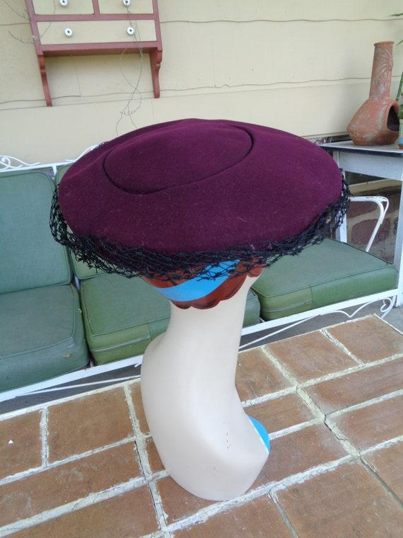 vintage women's hat 1940's wool purple platter fe… - image 6