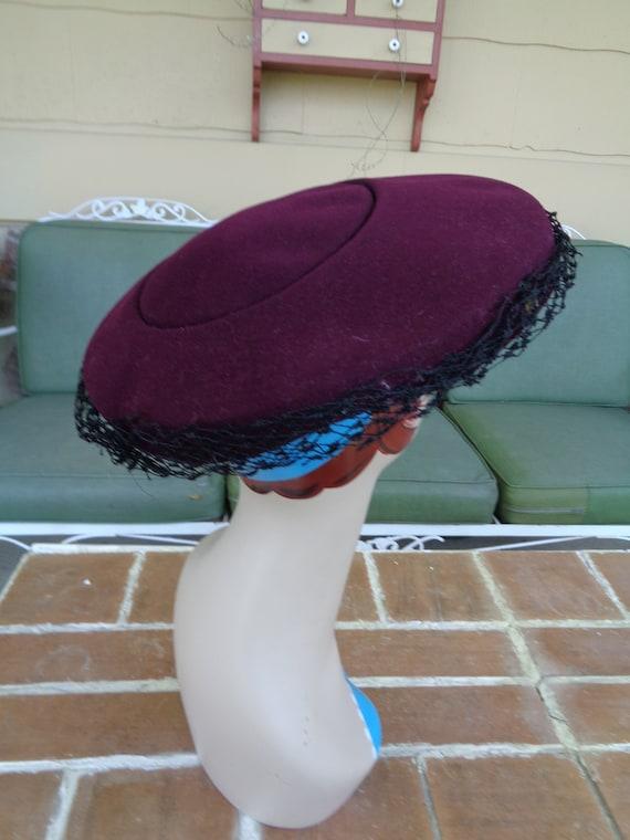 vintage women's hat 1940's wool purple platter fe… - image 7
