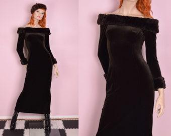 90s 00s Vintage Black Velvet Dress with Faux Fur Collar Medium Large Black Long Velvet Dress Brown Fur Collar Medium Large 90s Winter Glam
