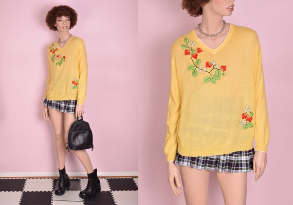 60s 70s Embroidered Strawberry Sweater/ Large/ 196