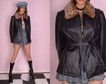 90s Faux Fur Collar Leather Jacket/ Medium/ 1990s