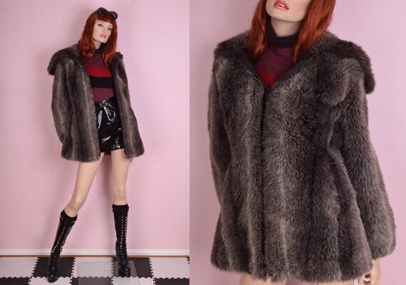 70s Striped Oversized Collar Faux Fur Coat/ Medium