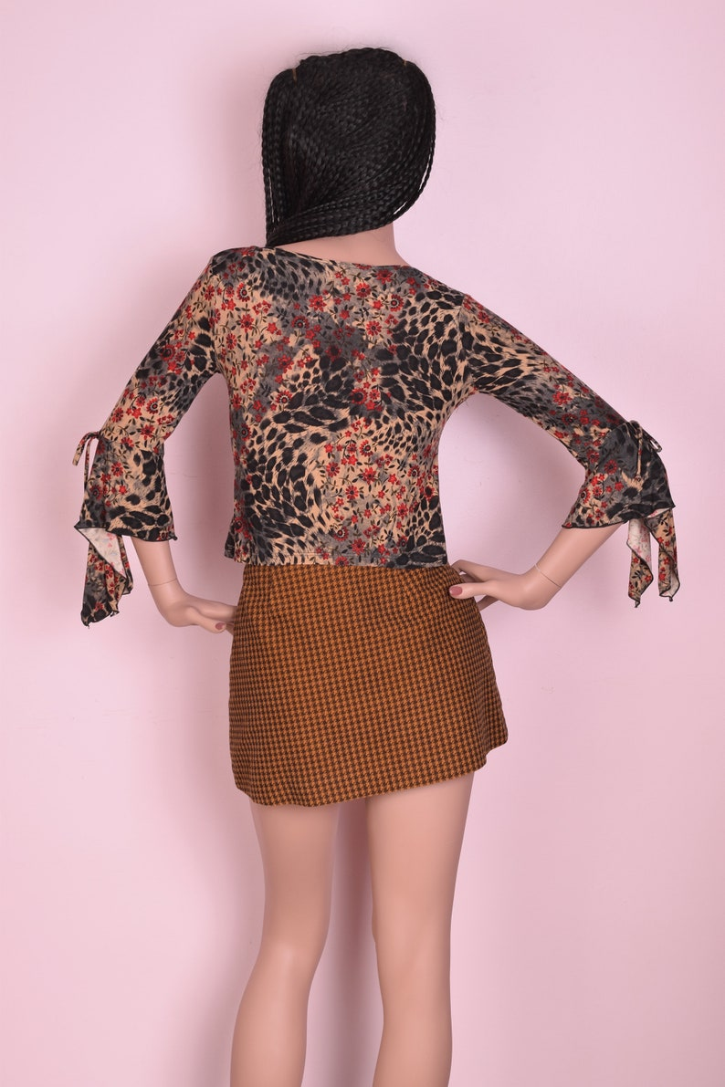 90s Floral and Animal Print Scarf Hem Sleeve Small 1990s
