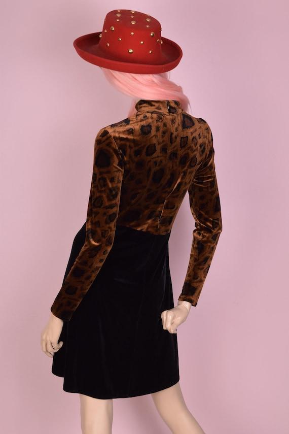 1f4fe306e2e1f 80s Leopard Print Velvet Dress  US 10  1980s  Long Sleeve