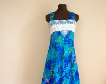 60s 70s Hawaiian Print Maxi Dress Size Small