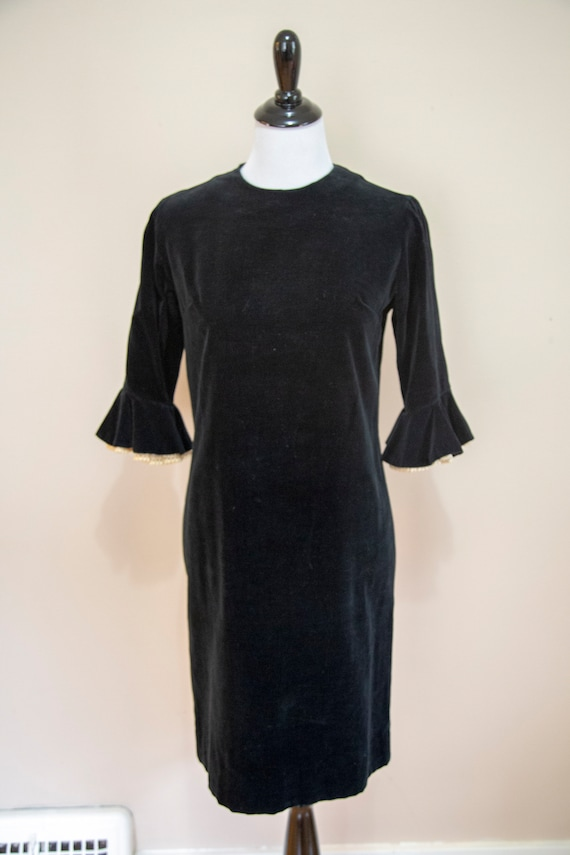 Vintage 60s Black Velvet Shift Dress Medium by Tee