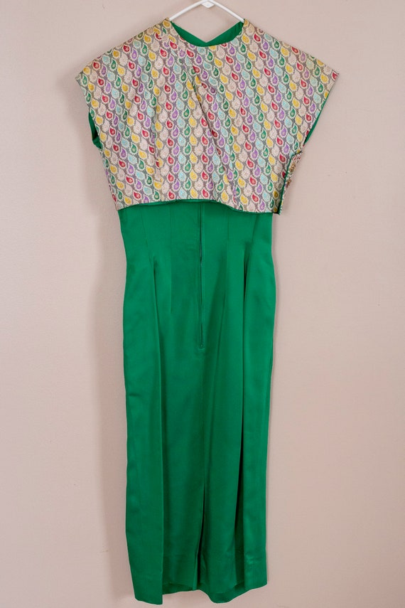 50s Junior Accent Green Satin Wiggle Dress With R… - image 2