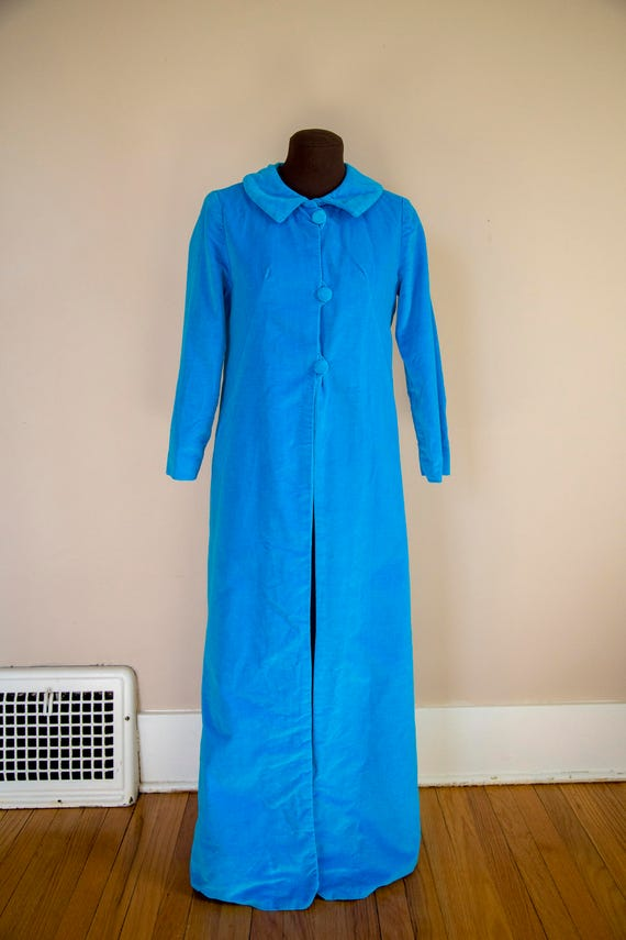 463e5fed9b 60s Electric Blue Velvet Robe Dressing Gown Loungewear Size Small