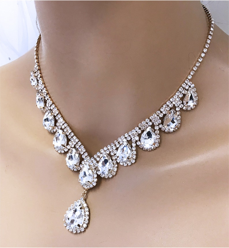Backdrop Necklace Teardrop Crystal Jewelry Set Bridesmaid Jewelry Gold Bridal V Shape Jewelry Set Bridal Necklace Earrings Prom Set