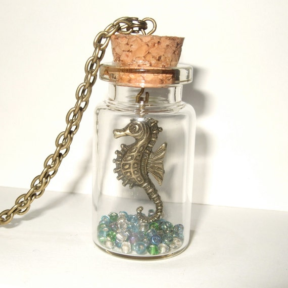 Seahorse Necklace, Seahorse in a Bottle Pendant, Seahorse Bottle Necklace, Sea Necklace, Seahorse Charm, Glass Bottle, Seahorse Jewelry