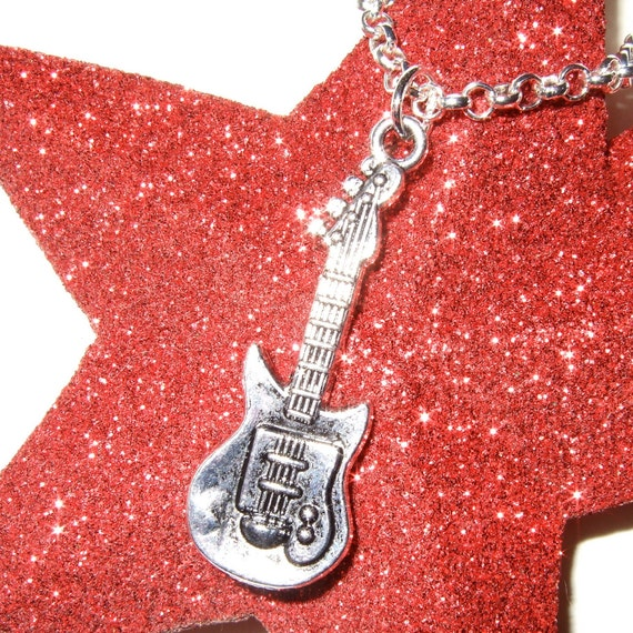 Guitar Necklace, Silver Guitar Charm, Music Pendant, Guitarist Necklace, Band Jewelry, Simple Necklace, Everyday Jewelry, Musician Pendant