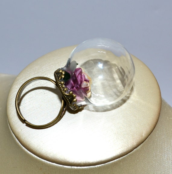 Statement Ring, Glass Globe Rose Ring, Adjustable Flower Ring, Pink Cream, Cocktail Ring, Snow Globe, Large Glass Orb Ring, Sleeping Beauty
