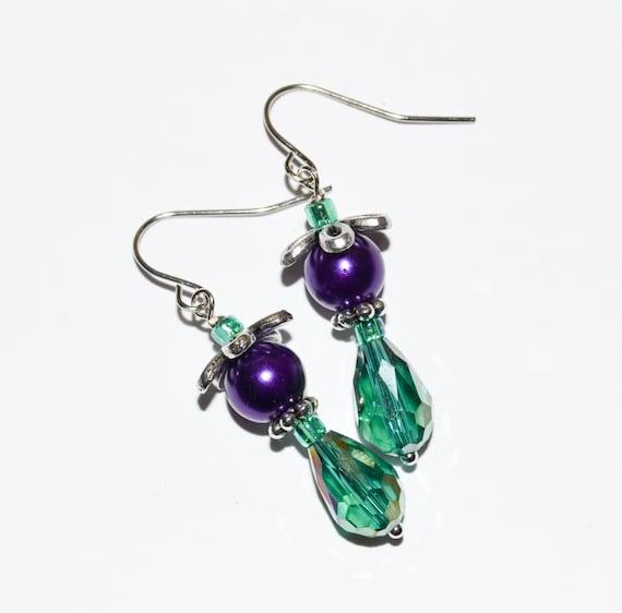 Purple Green Dangle Earrings, Crystal Earrings, Teardrop Crystal Faceted Drop Earrings, Purple Glass Pearl, Bead Earrings, Ladies Jewelry
