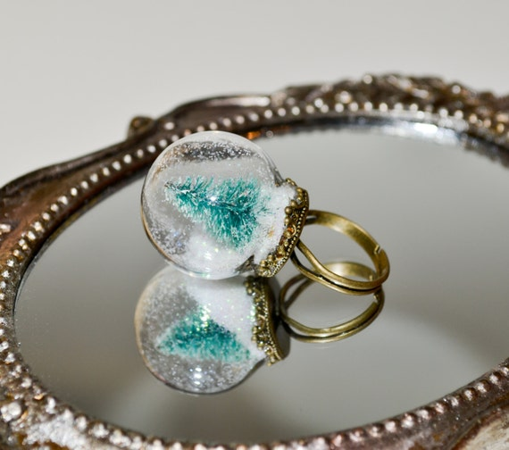 Globe Ring, Miniature Christmas Tree Ring, Holiday Jewelry, Alternative Christmas Tree, Snow Globe Ring, Glass Ball Ring, Christmas Jewelry