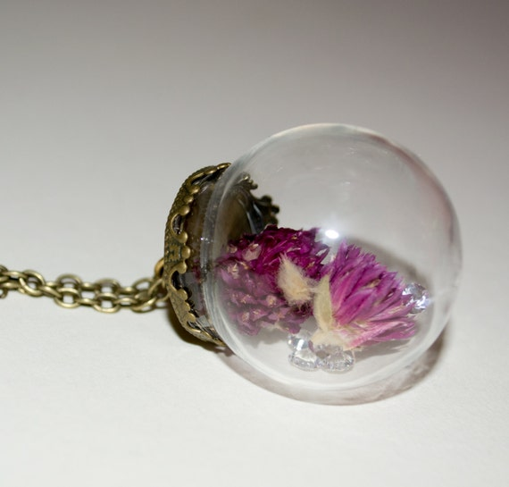 Dried Flower Jewelry, Glass Ball Necklace, Botanical Necklace, Real Flower Jewelry, Purple Necklace, Glass Globe Necklace, Flower Necklace