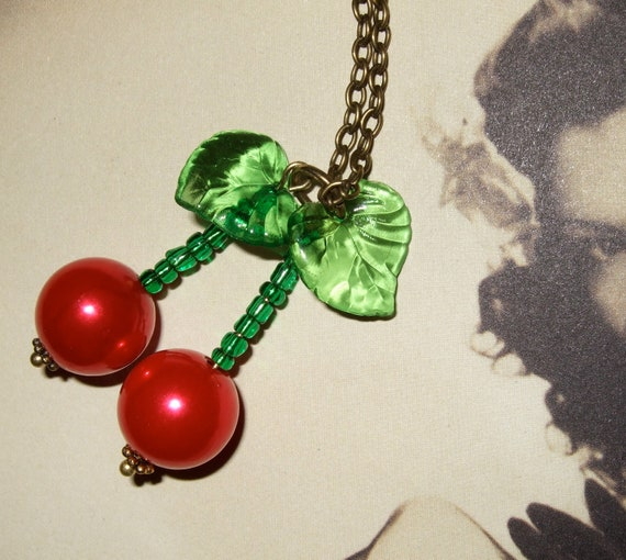 Cherry Necklace, Rockabilly Jewelry, Cherry Bomb, Pin Up Style, Beaded Cherries, Rockabilly Style, Red Cherry Jewelry, Kitsch Necklace,