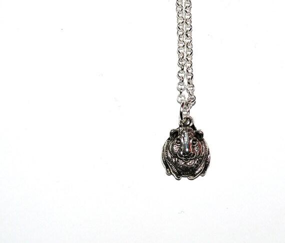 Guinea Pig Necklace, Cavia porcellus, Cavie Pendant, Pet Jewelry, Animal Necklace, Pet Necklace, Silver Guinea Pig, Simple Necklace