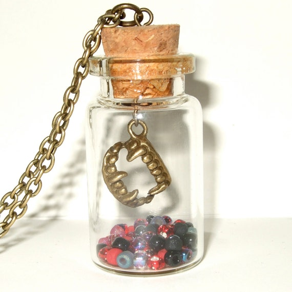 Vampire Necklace, Halloween Jewelry, Bottle Pendant, Red and Black, Quirky Necklace, Vampire Bite Charm, Fangs Necklace, Fangs in a Bottle