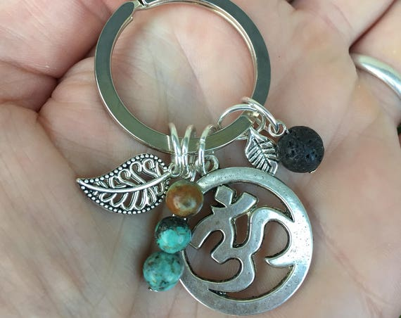 Om Keychain, Essential Oil Diffuser Keychain, Yoga Lover Gift, Yoga Teacher Gift, Yoga Accessories, Yoga Gift, There's No Place Like OM