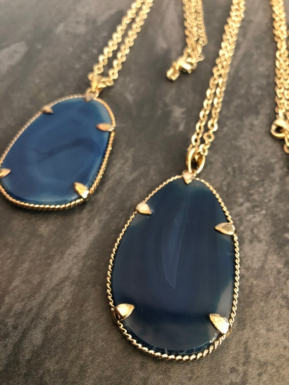 Blue Agate Slice Pendant Necklace, Blue Necklace, Templeadornment, Gifts for Her