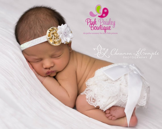 Baby Bloomers - White & Gold Cake Smash Outfit - Newborn Photo Outfit - Cake smash outfit-Newborn Ruffle Diaper cover White Gold Baby Set