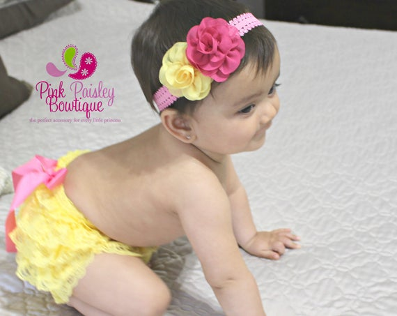 Yellow Baby Bloomer Set- Pink Lemonade 1st Birthday -Newborn baby diaper cover - 3 month baby girl pictures photo outfit - 6 months