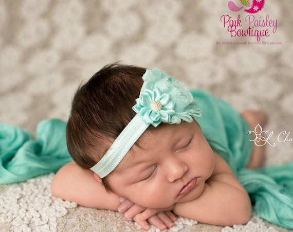 Christmas Bows - Newborn Headbands - Baby Headband - Baby Hairbow - 16 Color Options Toddler Headband - headband baby - Baby bows- Holidays