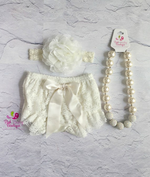 Baby Bloomer Set- Ivory Bloomers - baby Christening - Newborn Ruffle diaper cover - Baby Photo Outfit- Ruffle Baby Diaper cover Infant