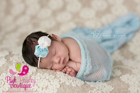 Baby Headband. Light blue and white headband. Newborn Photo prop.  Baby hair bow. Baby bow headband. Light blue & white  Flower Headband