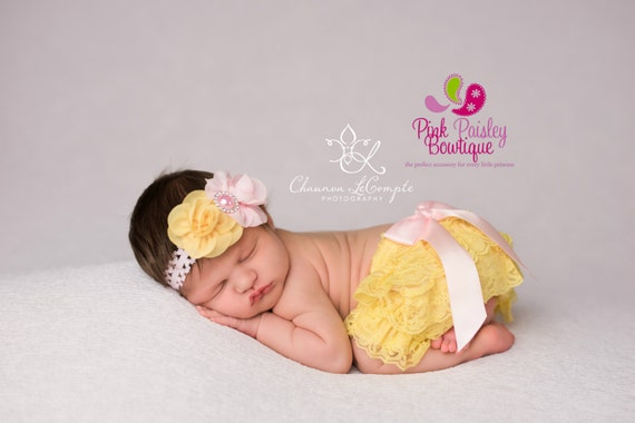 2, 3 or 4 PC Set, Baby Headband, Necklace & Bloomer set, Newborn Photo Prop, Spring Flower Baby Pink lemonade birthday, Baby headband outfit