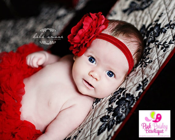 Red Baby Headband. Baby girl headbands. Infant Headbands. Newborn headband. Infant hairbows baby hair bows. Valentines hair accessories bows