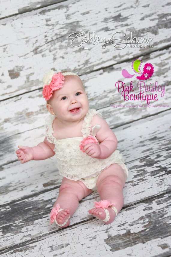 Ivory petti lace romper and headband 3, 4 or 5 pc SET, baby headband, birthday outfit, Vintage Romper, Ivory outfit, 1st Birthday cake smash