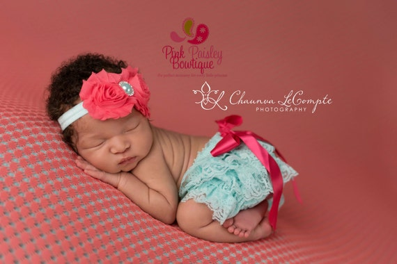 Baby Lace Bloomer Set- Newborn Headband and Bloomers- Newborn Photo Outfit- Ruffle diaper cover- Cake smash outfit- Ruffle Baby Diaper cover