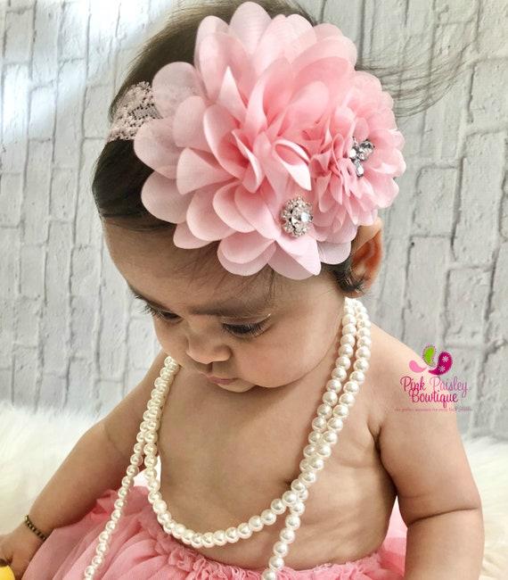 Baby girl headbands. You pick 1 Infant headbands. Baby Bows. Baby hair accessories. Newborn Headband, baby hairbows, baby hair accessories