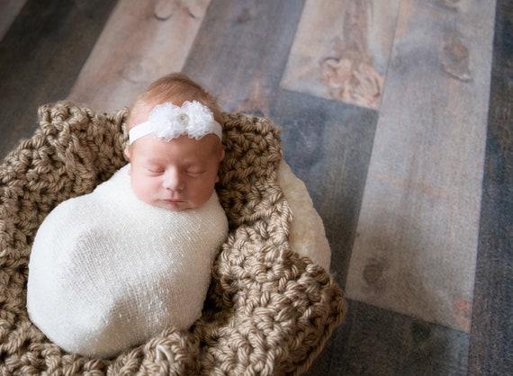 White Baby Headband. Newborn Headband. Baby Hairbows. Infant Hair bows. Baby Girl Headbands. Infant Headband.Baptism headband