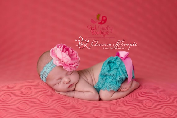 Baby Lace Bloomer Set- Newborn Headband and Bloomers- Newborn Photo Outfit- newborn Ruffle cover -Cake smash outfit-Ruffle Baby Diaper cover