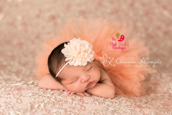 Baby Headband. You Pick 1 Infant headband. Baby Shower Gift. Newborn Hair Bows. Baby hair accessories Baby Hairbows, Baby Bows Baby Girl Bow