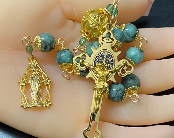 Colombian Emerald Chaplet with GP Crucifix, Medal and Large Pater Noster Bead