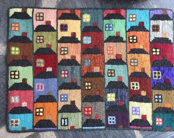 """Hand Hooked Rug """"Houses"""" new"""