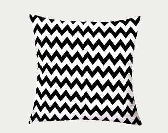 """Decorative Pillow Case, Black White Cotton Throw pillow case with Zig Zag pattern, fits 18"""" x 18"""" insert,  Cushion case, Toss pillow case."""