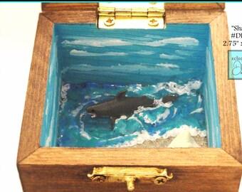 "Shark, Waves, Ocean Shoreline with Starfish Miniature Diorama Box, DD10, ""Shark"""