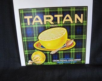 """Fruit crate end label for """"Tartan"""" grapefruit"""