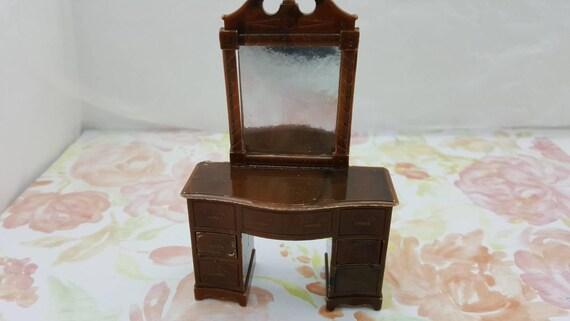 Renwal Bedroom Vanity Dresser Doll House Toy miniature Bedroom hard plastic