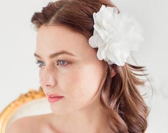 Silk flower wedding hair pin, Silk flower hair piece wedding, Bridal silk flower, Wedding silk flower, Ivory silk flower hair pin