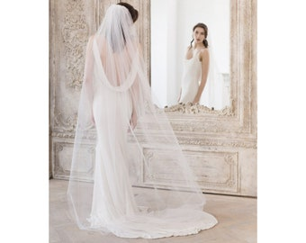 Floor Length Wedding Veil • Single Tier Wedding Veil • Cut Edge Wedding Veil in ivory, off white or white