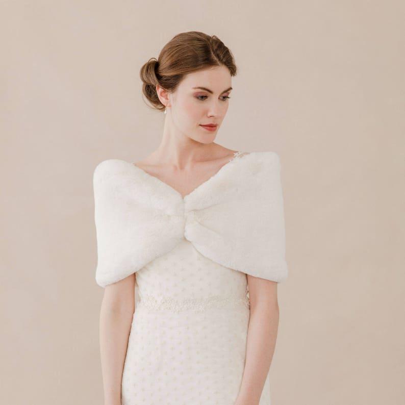 Faux fur shrug \u2022 Faux fur stole \u2022 Faux fur stole for wedding \u2022 Faux fur bridal wrap