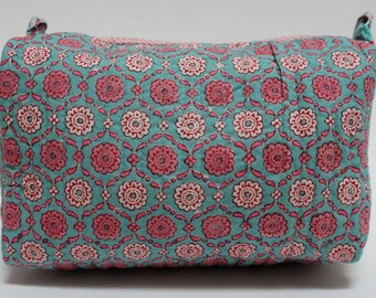 "Hand Block Printed Toiletries Bag - Daisy Trellis - Large 10""L x 8""H x 6""D"