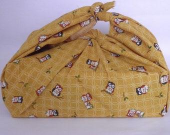 Furoshiki en tissu Japonais jaune hiboux  50 cm x 50 cm pour emballage cadeau