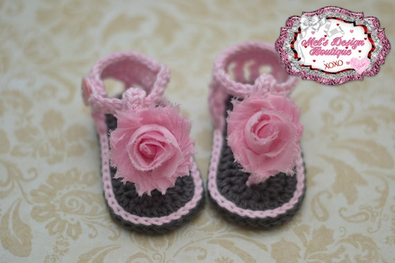 pink baby sandals baby girl shoes baby shower gift pink baby booties summer sandals flip flop shoes for baby flower sandals