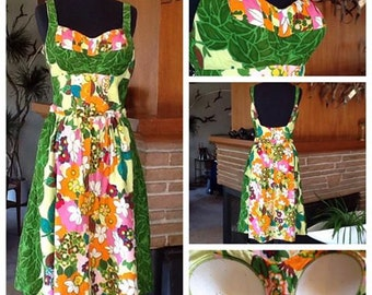 Bright Floral 60's Hawaiian Dress - Small Medium